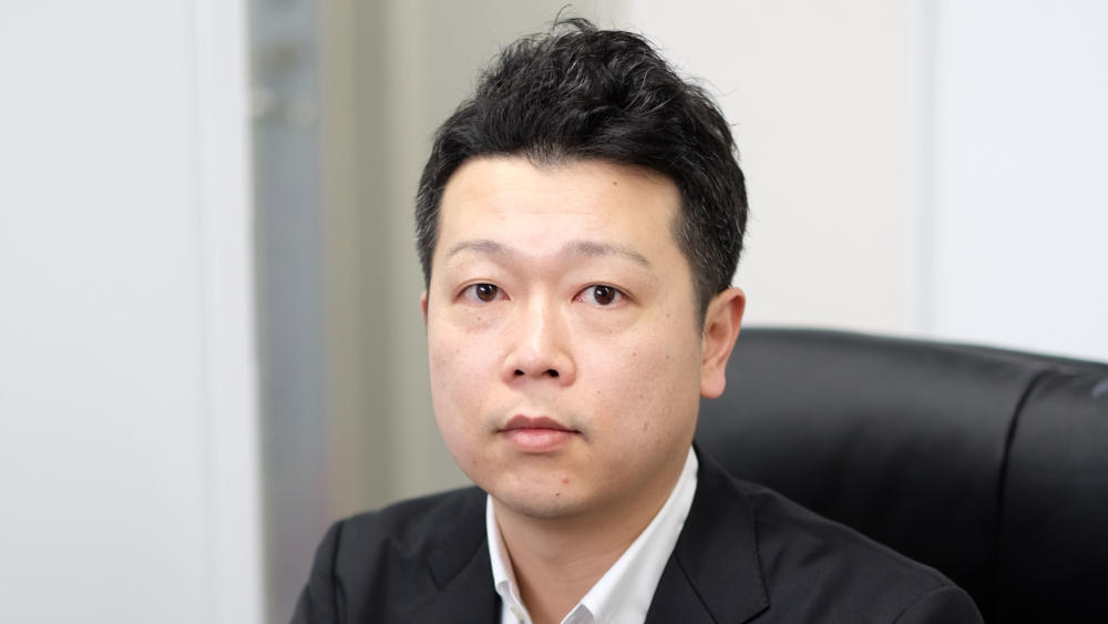 石橋英生氏